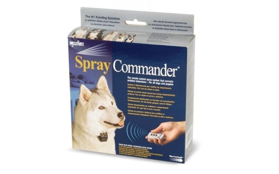 Telecomandă și zgardă de dresaj pentru câini Spray Commander.