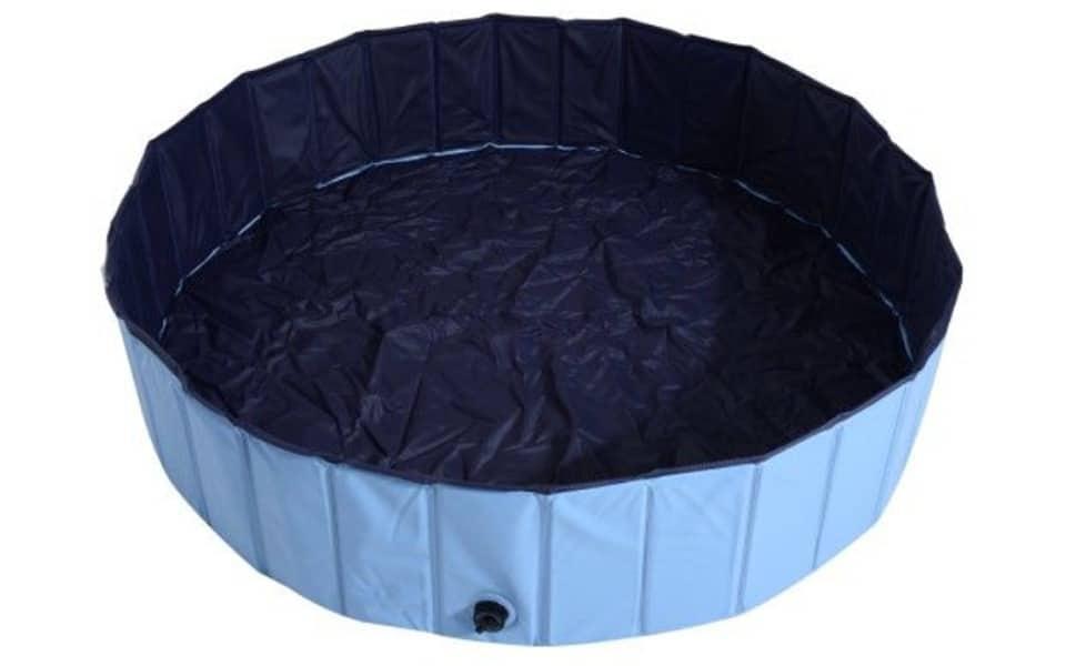 Piscină pentru câini PawHut albastră.