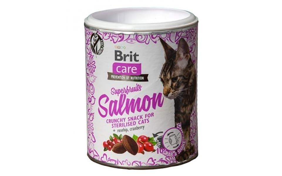 Cutie cu recompense pentru pisici Brit Care Snack Superfruits Somon.