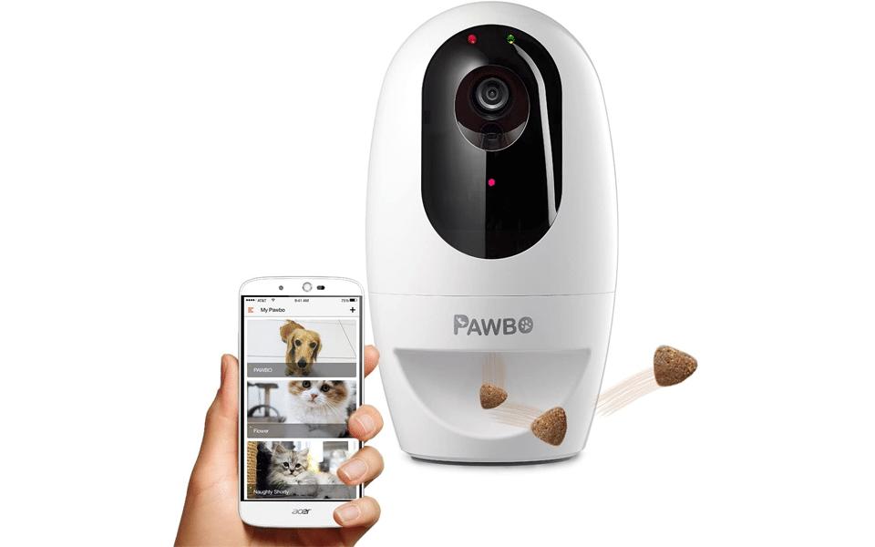 Camera video pentru monitorizare animale e companie Pawbo Life Wi-Fi Pet Camera.
