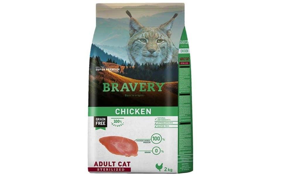 Sac cu mancare pentru pisici Bravery Sterilized.