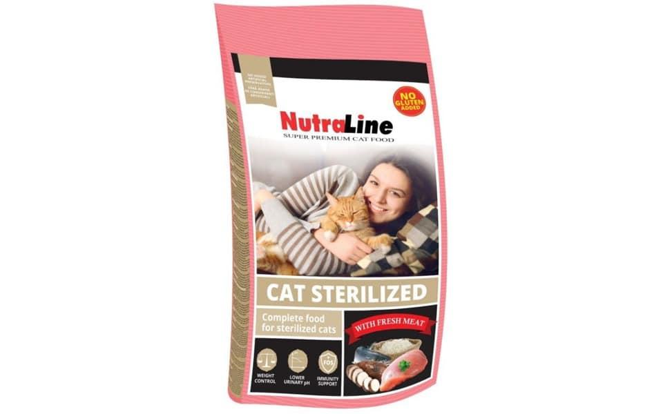 Sac cu mancare pentru pisici Nutraline Sterilized.