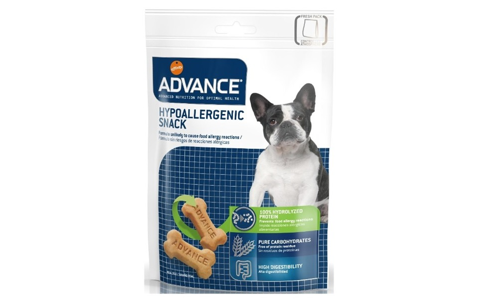Punga cu recompense pentru caini Advance Hypoalergenic Snack.
